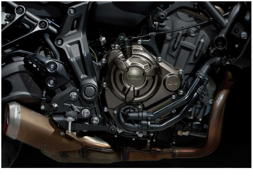 What gives the MT-07LA such a special character is its all-new 655cc inline 2-cylinder engine which has been developed using Yamaha's'crossplane philosophy'. With an uneven firing interval, the 270-degree crank gives a strong feeling of acceleration and great traction, and the deep linear torque ensures outstanding performance.