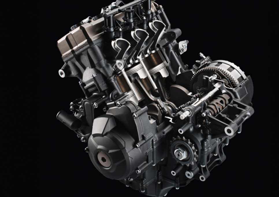 Compact and lightweight liquid-cooled 3-cylinder engine