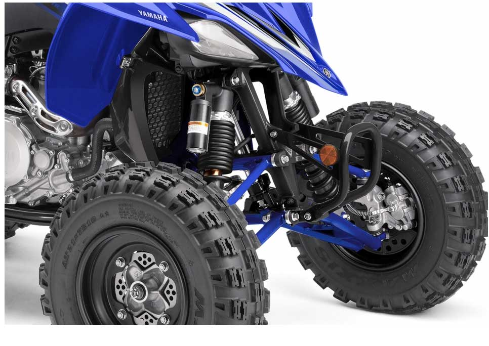The YFZ450R is equipped with an assist and slipper clutch - the first time that this design has been used on a sport ATV. The main benefit of this type of clutch is that it partially disengages when decelerating sharply and downshifting rapidly for corners, allowing the rider to control corner entry speed more precisely by using only the brakes.