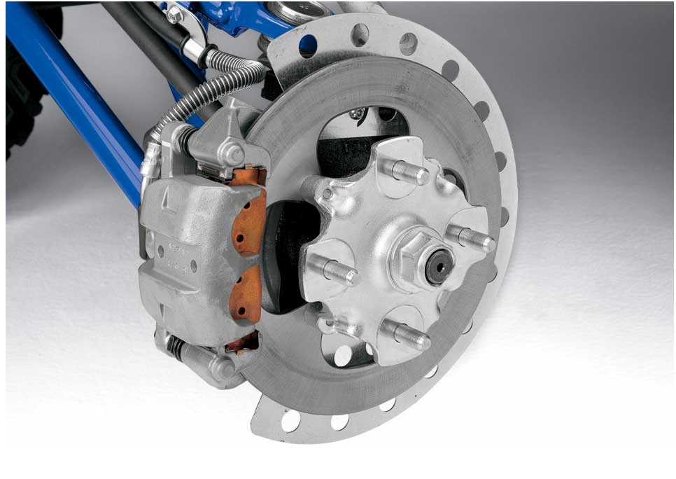 245mm diameter discs are fitted to all four wheels, and are gripped by 2-piston calipers for powerful and effective braking performance with plenty of feel, allowing the driver to brake later and harder.